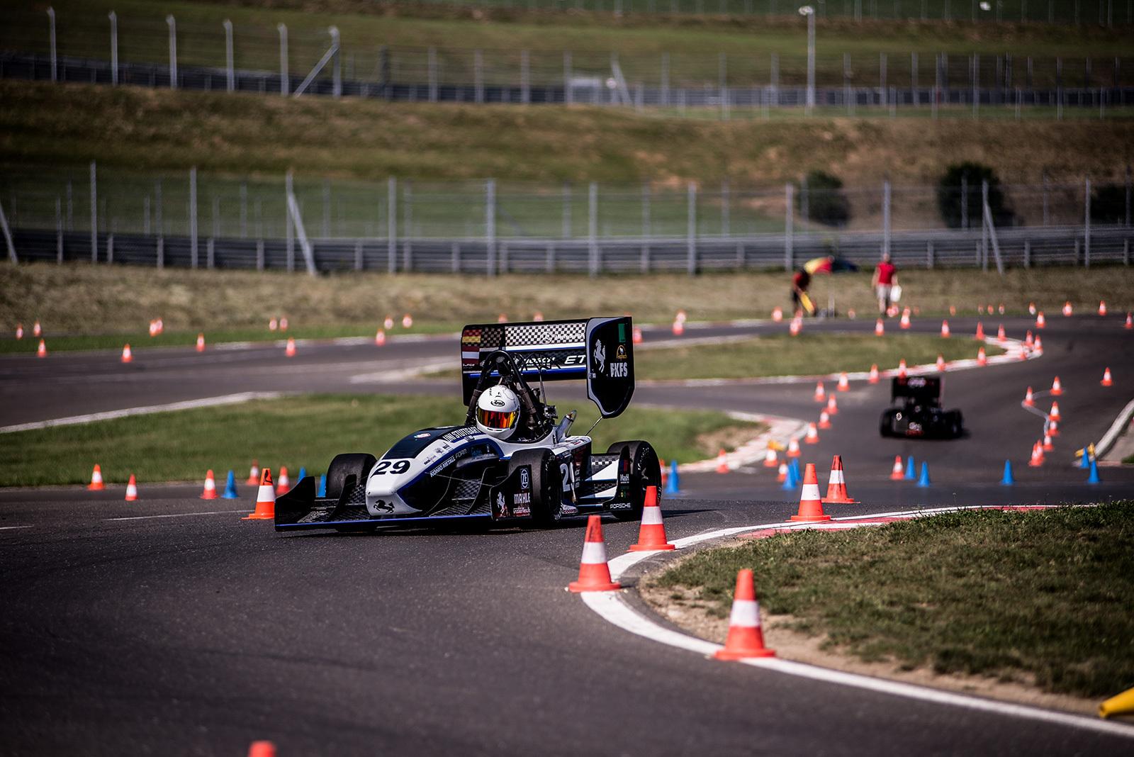 Epreuve de l'endurance lors des Formula Student
